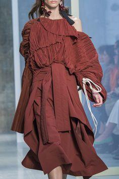 Marni Spring 2017 Ready-to-Wear collection by Consuelo Castiglioni