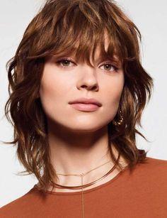 44 meilleures images du tableau Coupe cheveux mi long & Frange en 2019 | Haircut parts ...