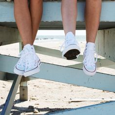 "297 Likes, 2 Comments - Urban Outfitters Malibu (@uomalibu) on Instagram: ""Nothin' better than a classic ✨ #UOMalibu #UOonYou #Malibu #converse"""