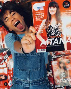 """246.5 mil Me gusta, 3,042 comentarios - AITANA (@aitana_ot2017) en Instagram: """"¡Mañana de firmar revistas! Que ganas tengo de conoceros a todos💛🔥"""" Divas, Youtubers, Girly, Fandoms, Entertaining, Portrait, Celebrities, Instagram, People"""