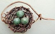 How to Make a Birds Nest Pin - How To Make A Website - Ideas of How To Make A Website - How to Make a Birds Nest Pin by Zoraida wire and bead bird nest jewelry Wire Crafts, Jewelry Crafts, Handmade Jewelry, Jewelry Ideas, Wire Tutorials, Jewelry Making Tutorials, Wire Wrapped Jewelry, Metal Jewelry, Jewlery