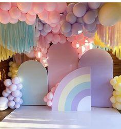 Baby Girl Birthday Theme, Rainbow Birthday Party, Unicorn Birthday Parties, First Birthday Parties, Birthday Party Themes, Birthday Balloon Decorations, Balloon Decorations Party, Birthday Balloons, Baby Shower Balloons