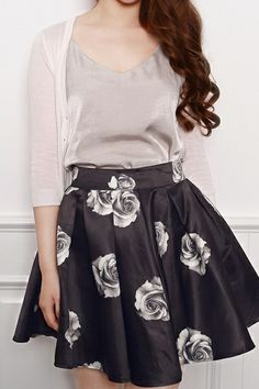 Chic Rose Pleated Skirt : The Art of Vintage-inspired  Cute Women's Clothing | Larmoni