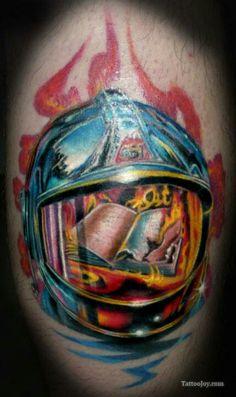 Will be using parts of this for my first tat, I like the reflection...but instead I'll use a firefighter helmet and pocket watch melting in fire. Awesome tattoo