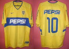 Boca Juniors football shirt 2003 - 2004 sponsored by Pepsi Classic Football Shirts, Professional Soccer, School Football, Soccer Jerseys, Sports Clubs, Pepsi, Vintage Shirts, Nike, T Shirt