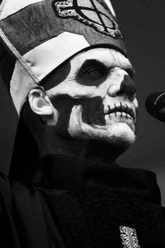 Papa Emeritus II. Scarousal and awesome.
