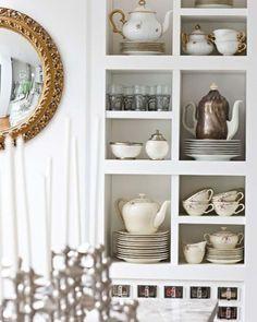 Kind of looks like my mom's cabinet