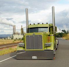 Barry Skavlem Trucking at TransAlta Centralia Steam Plant of Centralia Washington Big Rig Trucks, Semi Trucks, Lifted Trucks, Cool Trucks, Peterbilt 379, Peterbilt Trucks, Customised Trucks, Custom Trucks, Custom Big Rigs