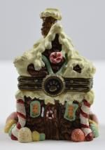 Boyds Bears Sugar Chalet With Pudge McNibble - Resin Treasure Box