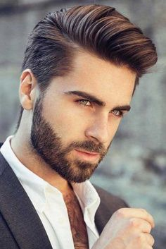 hair and beard styles Do you know that the comb over is the most versatile haircut? If you are about to freshen up your look and you still dont know what cut to choose, this articl Mens Hairstyles With Beard, Cool Mens Haircuts, Cool Hairstyles For Men, Hairstyles Haircuts, Mens Comb Over Haircut, Beard Haircut, Funky Hairstyles, Formal Hairstyles, Faded Beard Styles