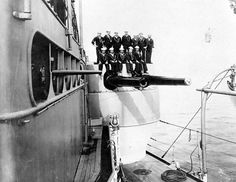 USS Iowa (Battleship # Crewmembers posed atop her after starboard gun turret, circa early Note that the inboard gun has its muzzle blown off, presumably the result of an accident. Uss Oklahoma, Uss Iowa, Us Navy, Waterloo Iowa, Us Battleships, Gun Turret, Naval History, Blow Off, Clear Lake