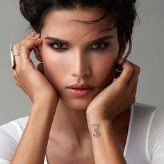 Raica @raica_oliveira #hair #makeup @idoraphaelmakeup #beauty #daylight #raicaoliveira #portrait @joao_joymgmt
