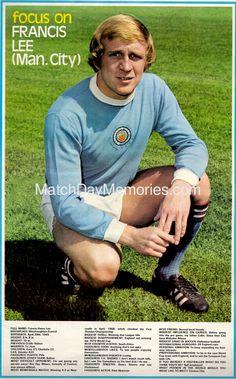 Football Odds, Football Icon, Uk Football, Retro Football, Vintage Football, Football Players, Football Memorabilia, International Football, Manchester City