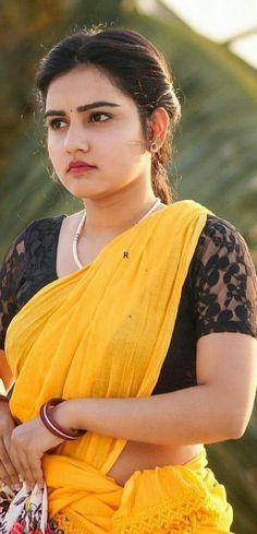 Beautiful Girl In India, Beautiful Girl Photo, Most Beautiful Indian Actress, Beautiful Actresses, Beautiful People, Beautiful Women, South Indian Actress Hot, Indian Actress Photos, Indian Actresses