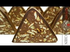 Tort de biscuiti Piramida | Adygio Kitchen - YouTube