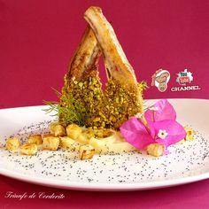 TRIUNFO DE #CORDERITO | #HumbyChef Un verdadero triunfo de #sabores para estas #costillitas de corderito al #pistacho... Más #información en la #web: humbychef.wixsite.com/espanol #SinGluten Evaluacion ♨♨♨♨♨ #pistachos #puré #semillas #amapola #raíz #hinojo #costillas #cordero #gastronomia #senzaglutine #glutenfree #culinaria #cocina #altacucina #altacocina #sapori #chef #cucinare #cocinar #ricette #recetas