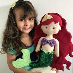 Felt unicorn - Her Crochet Little Mermaid Parties, The Little Mermaid, Felt Crafts, Crafts To Make, Felt Animal Patterns, Mermaid Crafts, Crochet Disney, Sewing Stuffed Animals, Felt Fairy