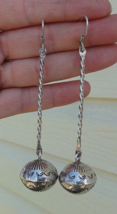 Older Silver Stamped Navajo Pearl Bench Bead Twisted Bar Dangle Earrings Pawn ??