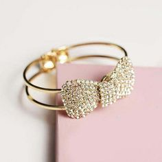 Adjustable Elegant Bling Bow Crystal Rhinestone Bowknot Bracelet Bangle Gift (Color: Silver)