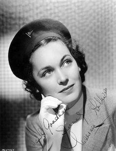 Maureen O' Sullivan Hollywood Actresses, Actors & Actresses, Tarzan Series, Six Degrees Of Separation, Maureen O'sullivan, Mia Farrow, Acting Career, Vintage Girls, Classic Movies