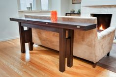 Foldable dining table/sofa table