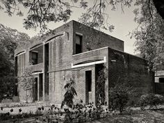 Arch. Louis Kahn. Indian Institute of Management. Ahmedabad.1962. 27