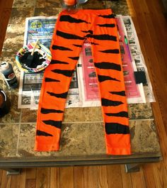 Fröhliches Halloween: DIY Kostüm Stil Source by sistersmarie Tiger Halloween Costume, Fröhliches Halloween, Family Halloween Costumes, Diy Costumes, Adult Costumes, Kids Tiger Costume, Animal Costumes, Costume Ideas, Halloween Decorations