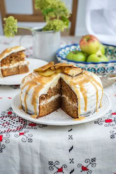 Toffee Apple Cake with Whipped Mascarpone Frosting – imagine the taste of apple pie in cake form... a lovely fall recipe with a totally addictive frosting.
