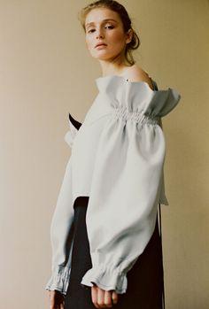Saska IMG photographed by Masha Mel for The Editorial Magazine