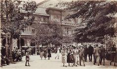 Plaza de Armas de Santiago, año 1930.