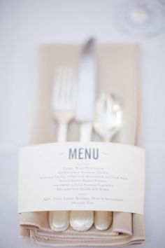 wedding or Dinner party idea for menu cards Wedding Menu, Wedding Table, Wedding Events, Wedding Planner, Our Wedding, Dream Wedding, Weddings, Wedding Catering, Catering Food