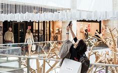 Consumerism becomes art becomes customer experience - News - Frameweb