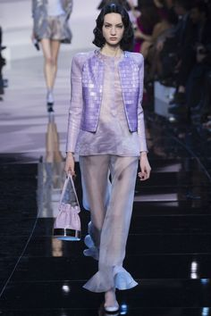 Armani Privé Spring 2016 Couture Fashion Show wanna find something wrong ( besides the wig...) but I cannot. Impossible Lightness: Armani HC is what YSL in the 80s & 90s: always the same and always new and consistent!