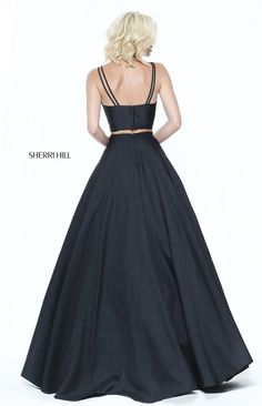 Two-piece ballgown with a v-neck bodice.