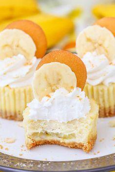 Banana Pudding Cheesecake, Banana Dessert, Homemade Cheesecake, Easy Cheesecake Recipes, Cheesecake Bites, Dessert Recipes, Banana Cupcakes, Cheesecake Deserts, Cheesecake Squares