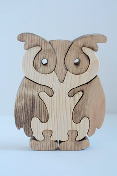 Owl Wood Puzzles picture only dead link Owl Crafts, Diy And Crafts, Arts And Crafts, Wooden Projects, Wooden Crafts, Scroll Saw Patterns, Wood Creations, Wooden Puzzles, Wood Toys