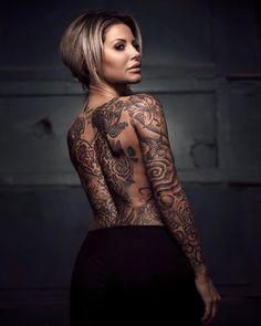 Tattoo model Idis Martensson
