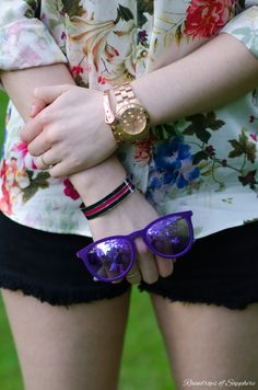 New Outfit Post - The Floral Shirt & Denim Shorts At The Park http://raindropsofsapphire.com/2014/05/30/the-floral-shirt-denim-shorts-at-the-park/