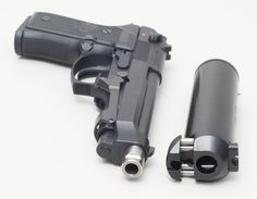 Unique suppressor design fitting for Beretta 92 by Knights Armament - Wonder if I could make something like this for my rifle...