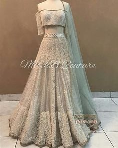 Indian Fashion Dresses, Indian Gowns Dresses, Dress Indian Style, Indian Designer Outfits, Indian Wear, Hijab Fashion, Fashion Outfits, Indian Wedding Gowns, Indian Bridal Outfits