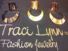 Order you Collars & Arm Candy today!!  www.tracilynnjewelry.net/11539
