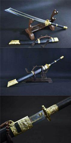 Katana Swords, Samurai Swords, Tactical Swords, Swords And Daggers, Knives And Swords, Chinese Broadsword, Dao Sword, Chinese Weapons, Armas Ninja
