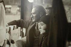 """MUSTAFA KEMAL ATATÜRK ve manevi kızlarından Rukiye, 1926-Ankara """""""