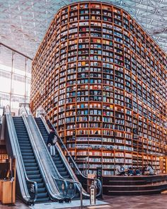 World wide Librairies 📚 Seoul, South Korea Osaka, Japan Porto, Portugal Manchester, UK Which one is your favorite? Beautiful Library, Dream Library, Library Books, Visit Seoul, South Korea Travel, South Korea Seoul, Les Continents, Book Aesthetic, Destination Voyage