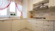 Mobila bucatarie clasica L-Shape - Mobila la comanda MOBIERA Iasi Home Decor Kitchen, Kitchen Interior, Kitchen Design, Kitchen Remodel, Kitchen Cabinets, Group, Houses, Design Of Kitchen, Cabinets