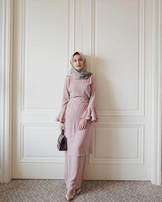24 Ideas For Party Fashion Dress Inspiration Hijab Prom Dress, Dress Brukat, Hijab Gown, Kebaya Hijab, Hijab Style Dress, Kebaya Dress, Dress Pesta, Dress Outfits, Kebaya Brokat