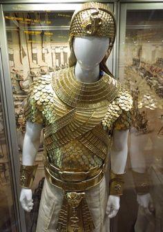 Exodus: Gods and Kings Egyptian Pharaoh Ramesses II costume on display. Ancient Egyptian Dress, Egyptian Costume, Egyptian Art, Egyptian Tattoo, Ancient History, Ancient Aliens, Egyptian Weapons, Egyptian Movies, Egyptian Fashion