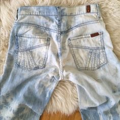 7 for all mankind retro tie dyed bell flare jeans 7 for all mankind high waisted wide leg flare jeans. light blue and bleach tie-dyed. retro stitch detailing on the front and back pockets. lightweight denim with a bit of stretch, so super comfortable. 7 for all Mankind Jeans Flare & Wide Leg
