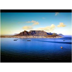 Table Mountain, Cape Town, South Africa Table Mountain, Cape Town, South Africa, Water, Outdoor, Water Water, Aqua, Outdoors, Outdoor Games
