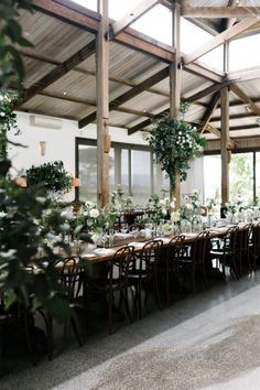 A Chic Garden Soiree in Melbourne / Photography by Erin and Tara